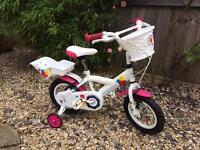 Little girl bike £30