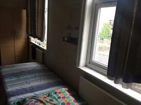Room to share for 250£