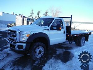 2015 Ford F550 XLT-12ft Flat Deck-V10 Gas-4WD-Only 15,007km