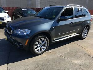 2013 BMW X5 35i, Navigation, Leather Heated Seats, Back Up Sen