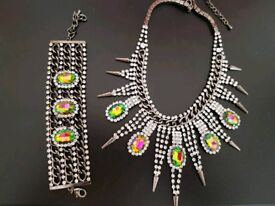 Necklace and Bracelet BRAND NEW