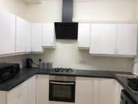 4 Bedroom House share to Rent, Anfield, Liverpool, L6 (3 doubles+1 single) Students/Professionals