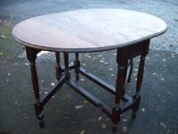 Table for 4, antique dining kitchen table, solid oak country side table, drop leaf gate leg c.1930.