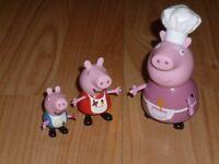 Mummy,Peppa & George pig figures
