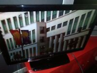 LG 22 inch FREE VIEW 1080P USB TV WITH STAND AND REMOTE FIRST£70