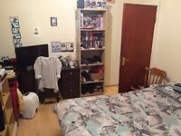 Double Room in Marlboriugh Road, 15 minutes from the center.