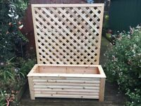 Delux Garden Trough Planter on feet with attached Trellis - 4 feet long x 5 feet high (with trellis)