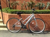 Women's road bike | including helmet, lock, lights and seat cover