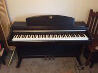 Yamaha Clavinova Piano CLP - 950
