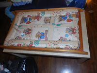 Changing Mat ! ! ! Very good condition ! Clean !