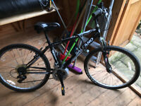 Salcano - Hybrid Bike - Needs servicing