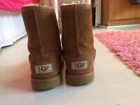 Tan UGG Boots size 1, EU32