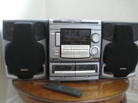 Aiwa Compact Disc Stereo System NSX-S505