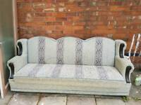Fabric Sofa Good Condition Grab a Bargain