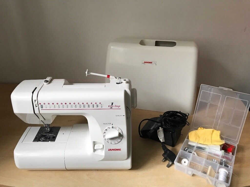 Janome 659 One Step Sewing Machine - With all parts | in Headingley