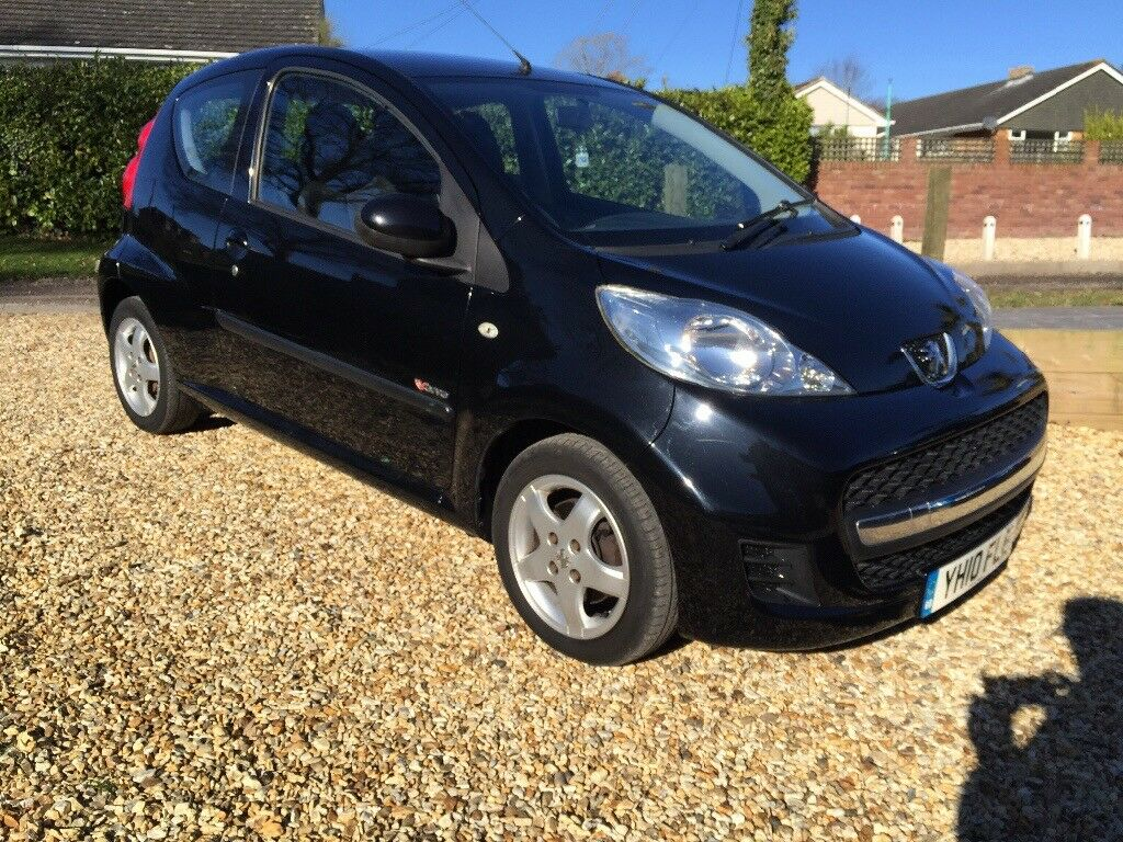 Black Peugeot 107 - Aygo 1 Lady owner £20 road tax | in New Milton ...