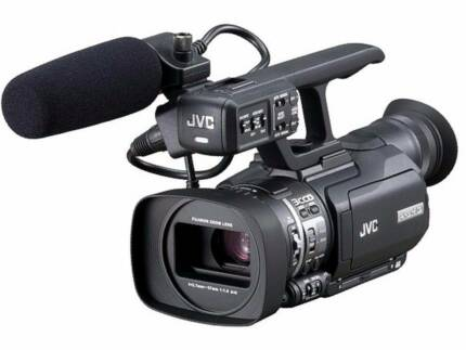 JVC GY-HM100 in EXCELLENT condition + wide lens adapter + more...