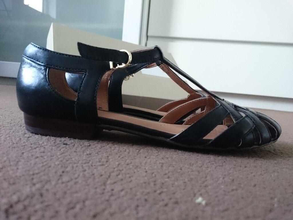 e2bb8943d Brand new Clarks sandals