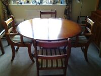Yew dining room table and 4chairs
