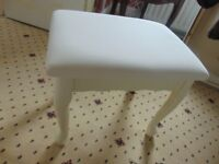 dressing table stool/ collect aberbargoed