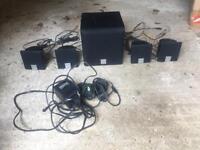 Surround speaker set