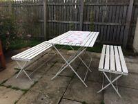 SIA foldable Garden Table & Bench Seats