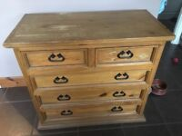 Solid wood sideboard with drawers