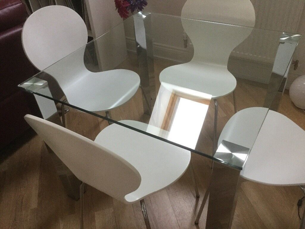 Modern Glass Dining Table & 4 Chairs.