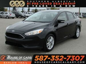 2015 Ford Focus SE / Back up Camera