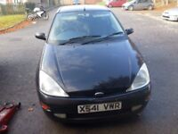 Ford focus 2.0 ltr manual zetec 1 years mot.