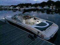 Searay 230 overnighter 1999- Sports power boat, cuddy cabin. 5.0lEfi 38knts