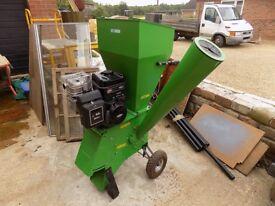 Handy pro petrol chipper shredder briggs & stratton 6hp very good condition