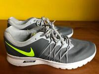 Nike Air Relentless 6 Men's Trainers (Size 9.5 UK)