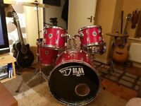 Black Mamba Full size 5 piece Drum Kit.