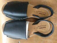 Black Spanish Leather Sandals