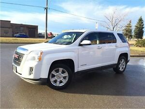 2013 GMC Terrain AWD! SLE! CLEAN CARPROOF! WE FINANCE!