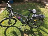 Electric bicycle 13 months old, 1200 miles, range around 40 miles, 8 gears very good condition