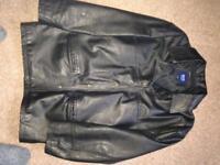 Black leather jacket large excellent condition