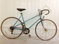Lightweight Ladies Raleigh Road bike 10 speed Flange Hubs