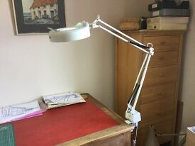Clarke magnifying desk or workbench lamp with clamp