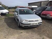 AUTOMATIC VW GOLF SE MODEL IN VERY CLEAN CONDITION LOVELY DRIVING CAR LOADS OF SERVICE HISTORY MOT