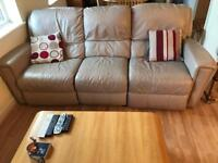3 Seater Cream Leather Sofa w/ 2 Reclinable Seats