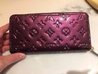 LV Glossy Purple Purse / brand new, unused