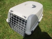PET CARRIER CASE BOX TRAVEL CAGE for rabbits cats guinea pigs chickens & small dogs
