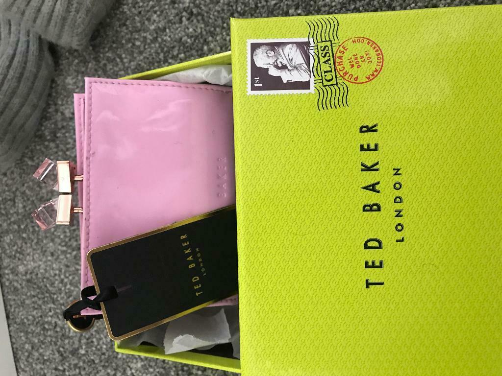 a45df15d62eb Ted Baker purse NEW