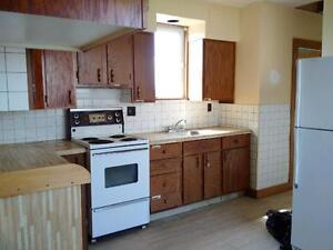 145 Metcalf St. #2 - 3 BR+Den North, Heated, Pets, Parking™
