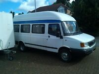 LDV CONVOY MINIBUS WITH 1 YEAR MOT 02 REG HIGH ROOF 17 SEATER WHITE