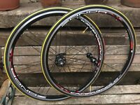 Campagnolo Zonda Wheelset - Like New Condition