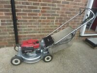 Honda self propelled mower alloy deck and direct drive shaft superb quality machine