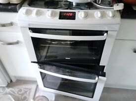 Zanussi Gas Cooker ZCG662, condition as new.